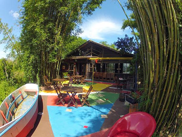 Lua Marinha Restaurante: jantar harmonizado na beira da lagoa