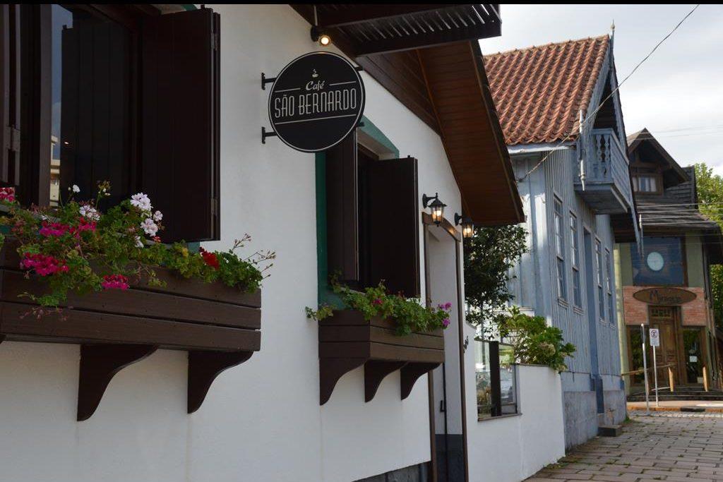 Café São Bernardo, em São Francisco de Paula