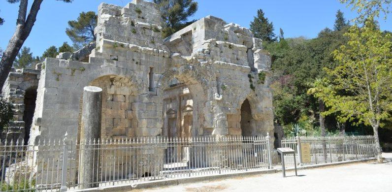 Templo de Diana, em Nimes