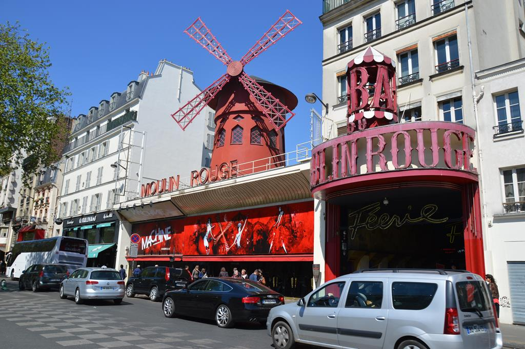 Moulin Rouge, em Paris
