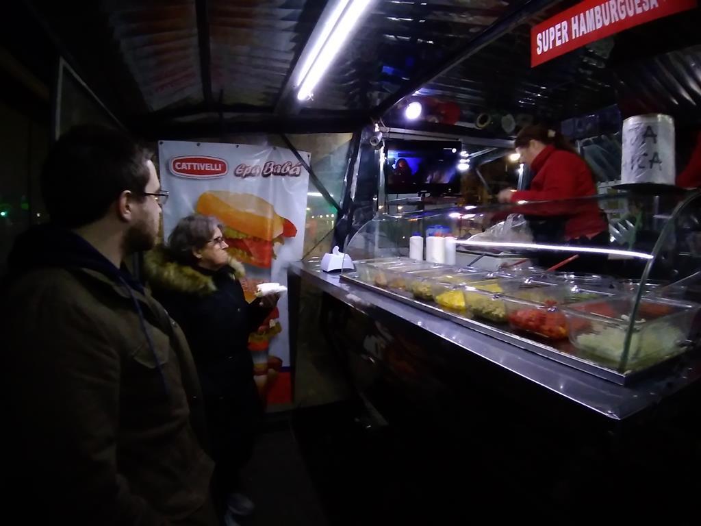 Comida de rua: pancho uruguaio